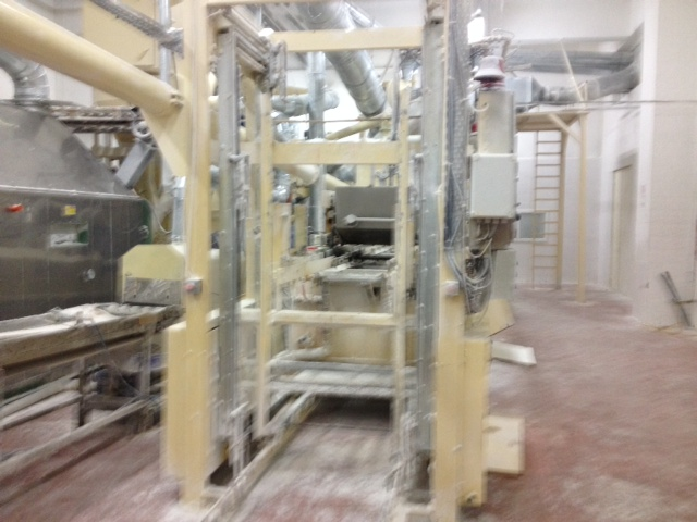 http://www.makinamerkezim.com/wp-content/themes/directorypress/thumbs/Jelibon-Uretim-Hatti-jelly-production-line-BOSCH-MAKAT-IND-2.jpg